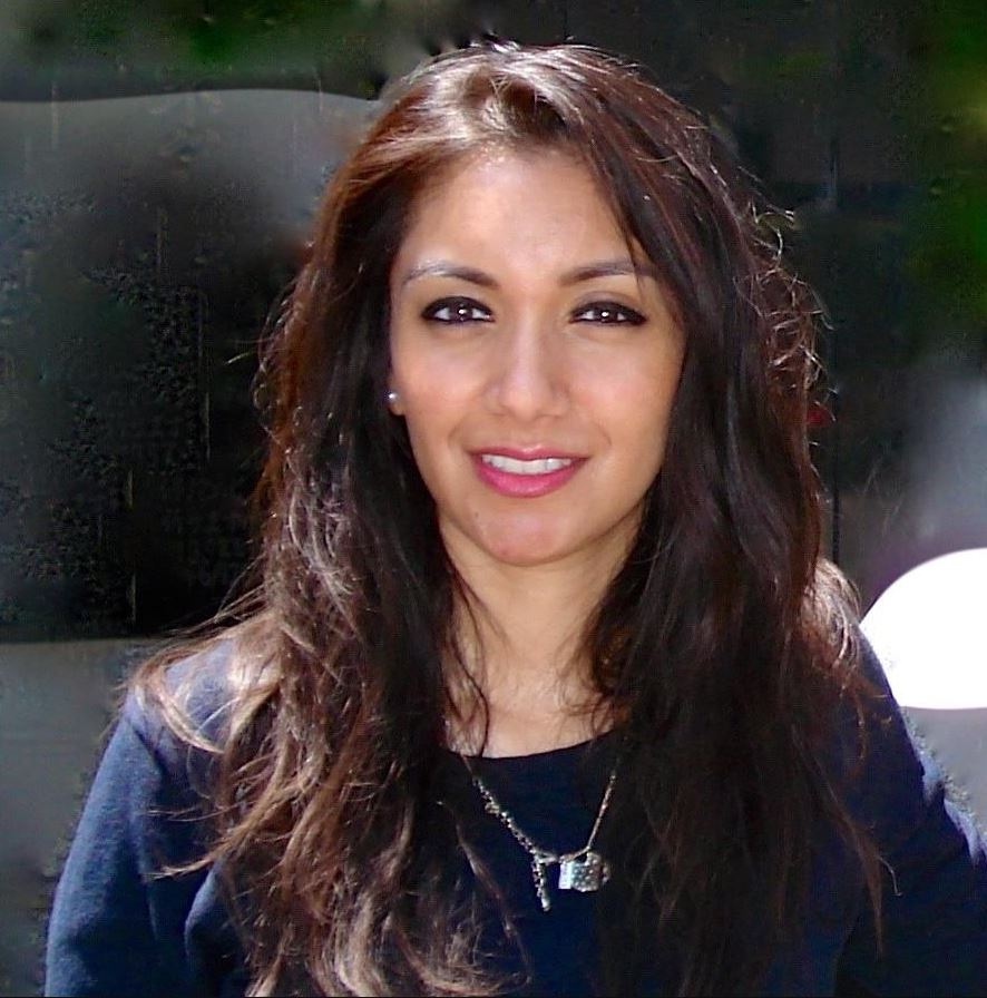 Dr Minal Bakhai